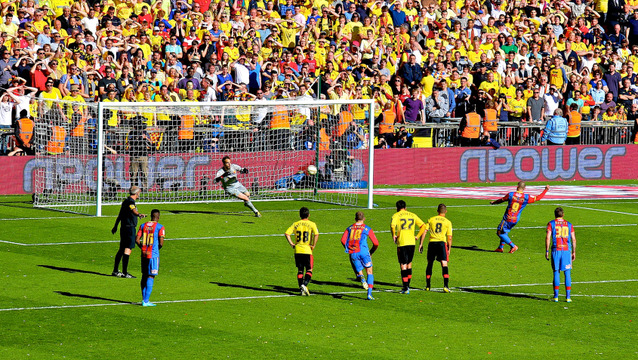 Kevin Phillips scores the winning penalty