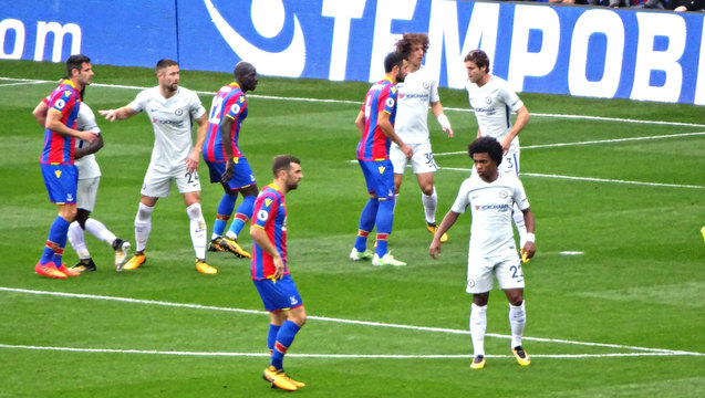 Midfield men James McArthur and Willian size each other up during a thrilling Palace victory