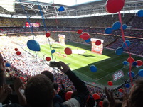 Palace end balloons.JPG