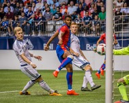 Vancouver 2-2 Palace action