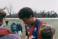 Ian Evans signing autographs